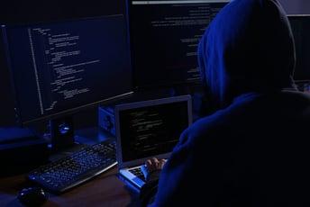 アプリケーションのセキュリティリスクとは?被害を未然に防ぐ対策方法