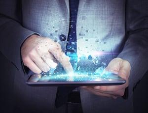 Webアプリケーションとは何か?ネイティブアプリとの違い、メリットを解説